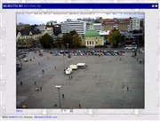 フィンランドのライブカメラ:フィンランド西南,トゥルクにある「ソコス・ホテル・ハンバーガー・ボルス」から見たマーケット広場とクリスマスツリーの今の様子